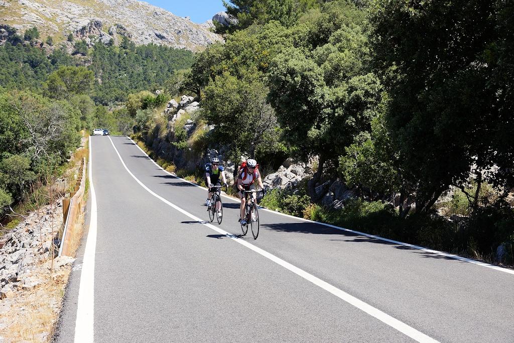 Mit dem Rennrad durch die Bergwelt Mallorcas