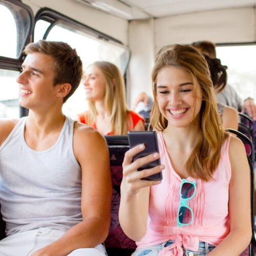Teenager allein auf Reisen