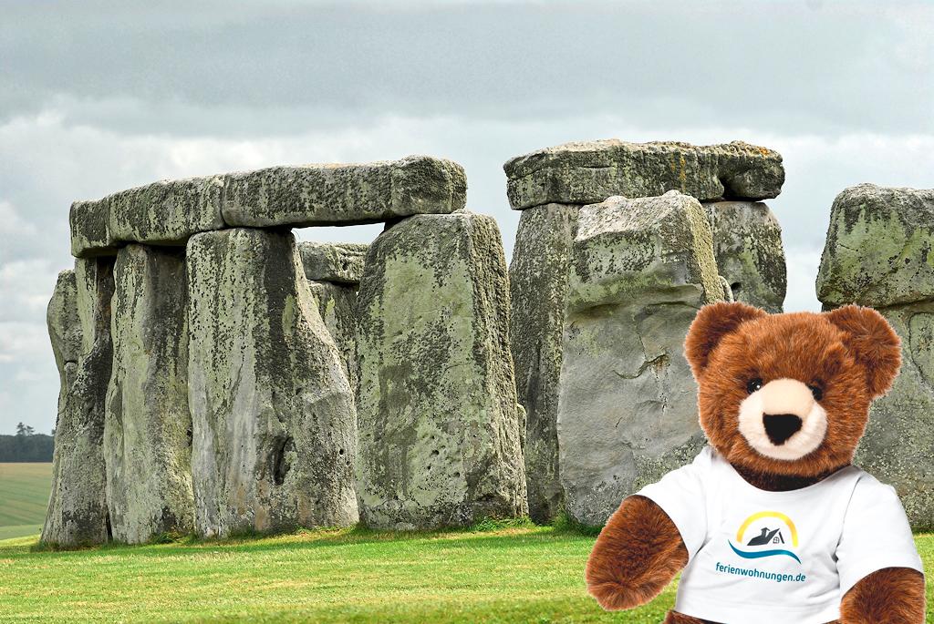 Der Urlaubär in Stonehenge