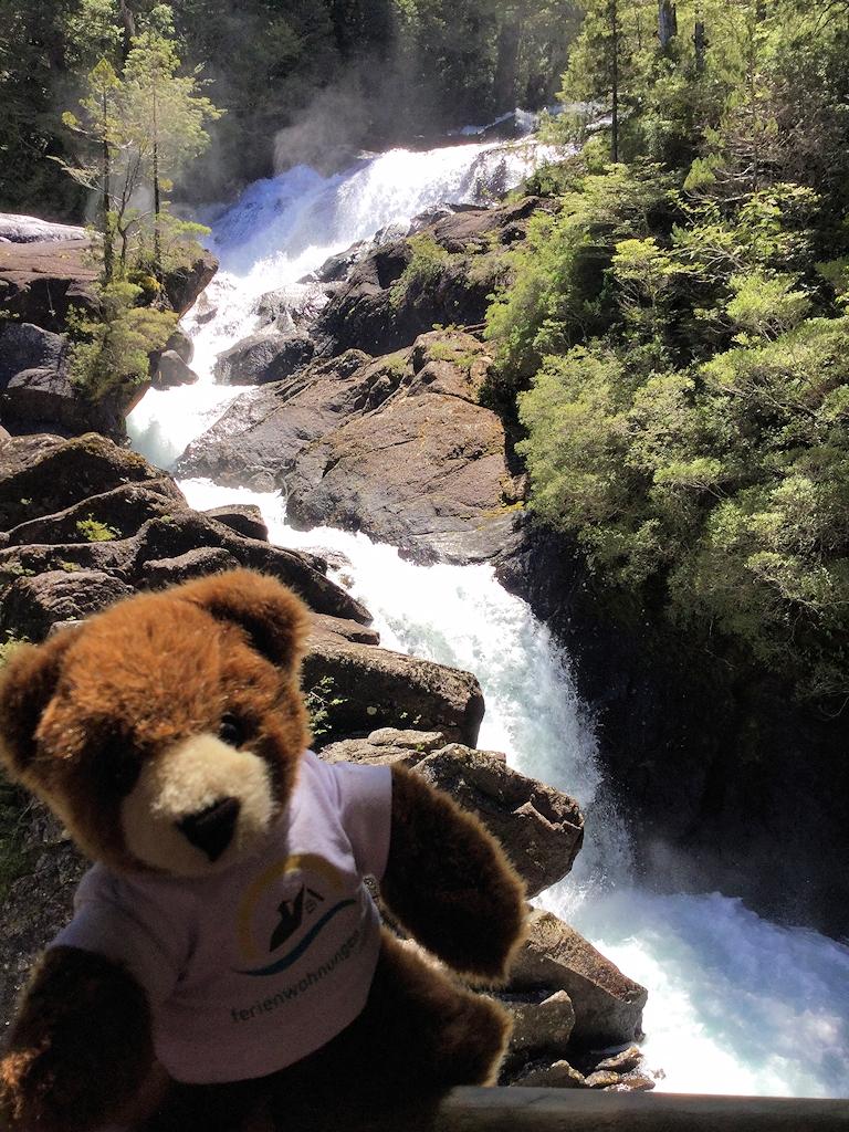 Am Wasserfall Los Cantaros