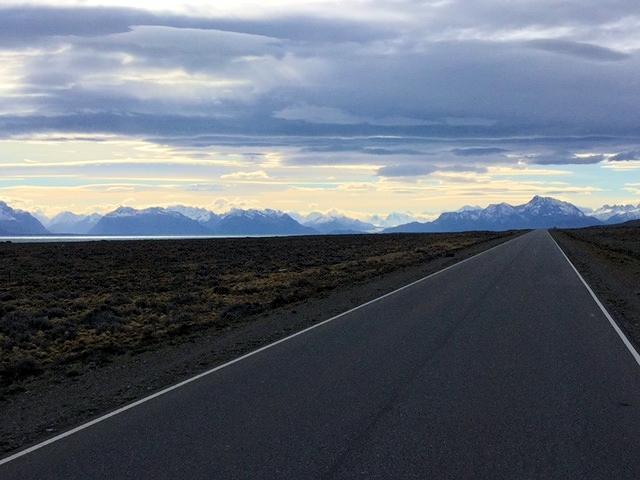 Urlaubär in Patagonien - Auf dem Weg in den Nationalpark Torres del Paine