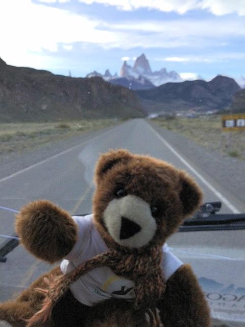 Urlaubär in Patagonien - Die Berggruppe der Cordillera del Paine