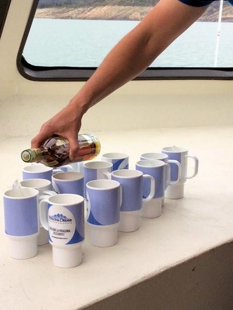 Rum auf Gletschereis