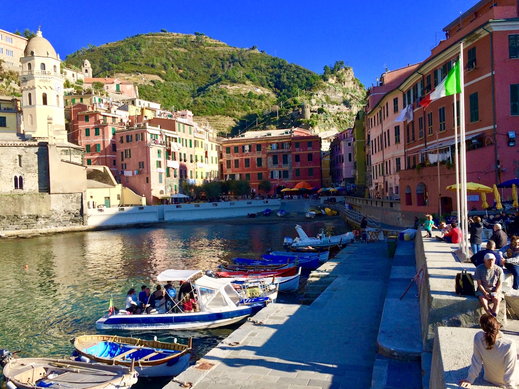 Der Hafen von Vernazza