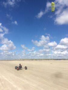 Kitebuggy am Autostrand auf Fanø