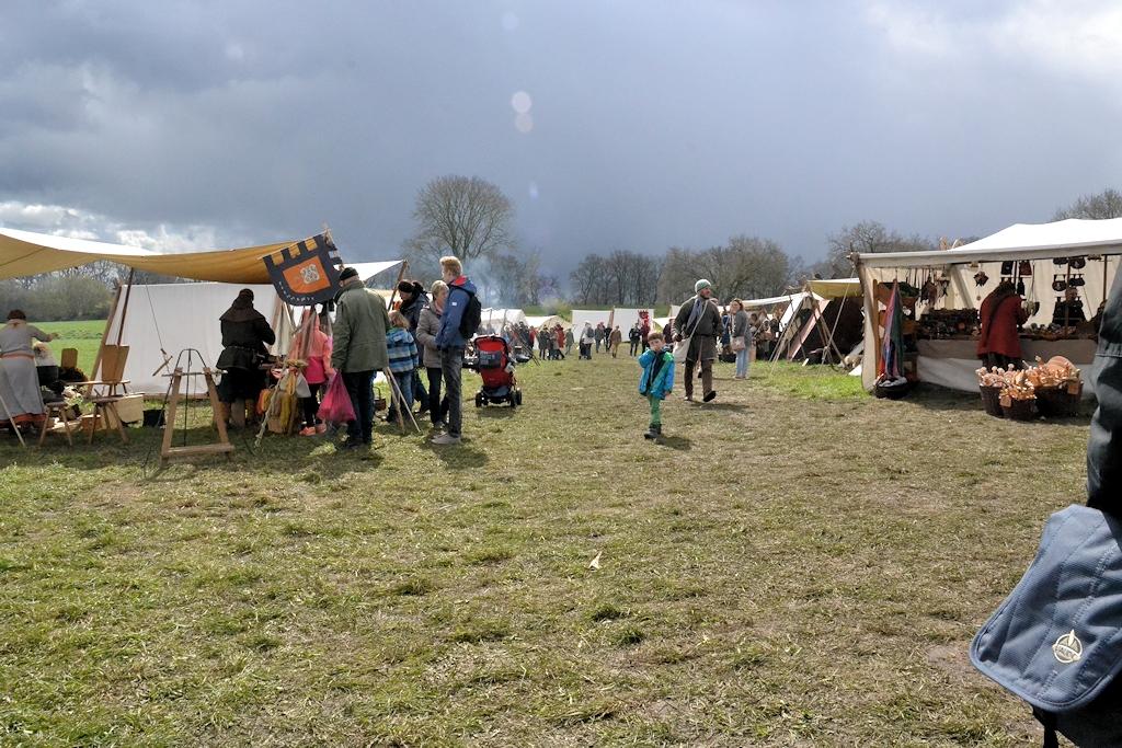Auf dem Frühjahrsmarkt der Wikinger in Haithabu