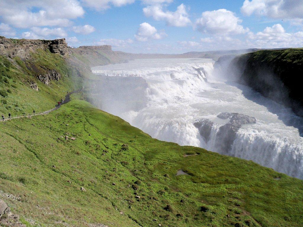 Am Wasserfall Gullfoss