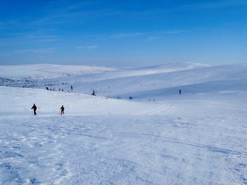 Loipe beim Anstieg zum Berg Kiilopää