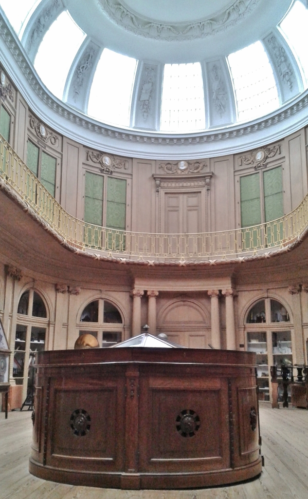 """Der """"Ovale Zaal"""" im Teylersmuseum"""