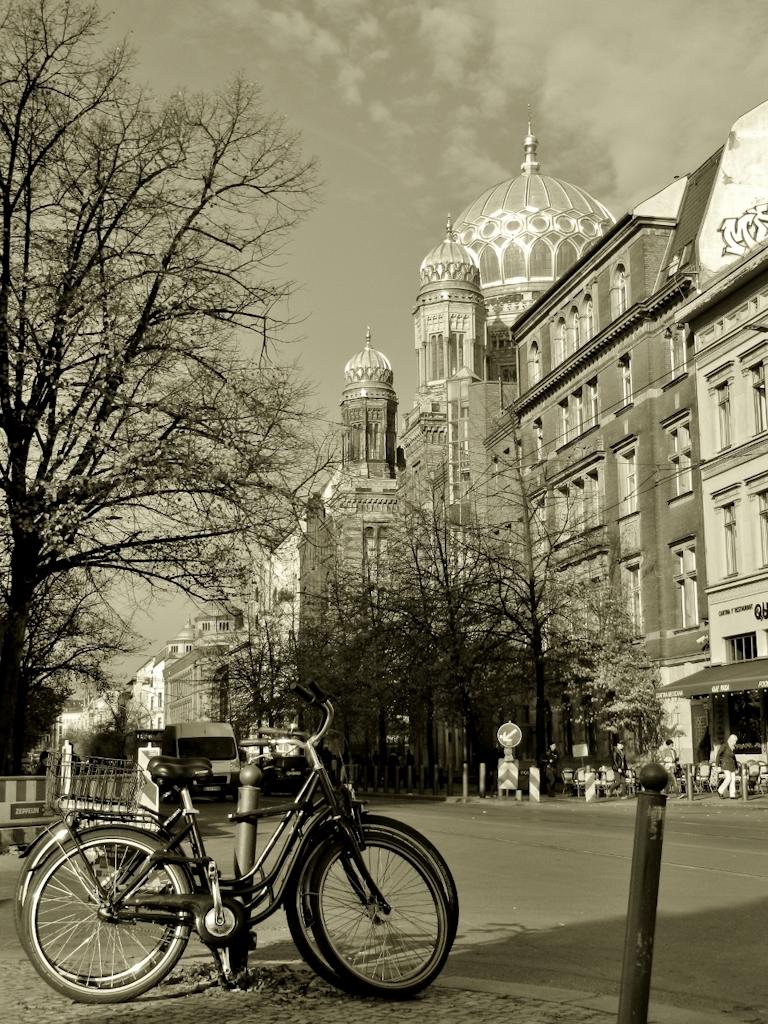 Neue Synagoge, Oranienburger Straße