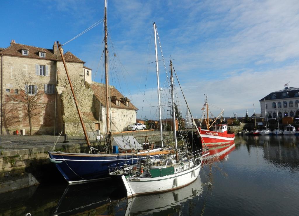 Normandie im Dezember - Postkartenromantik am Vieux Port