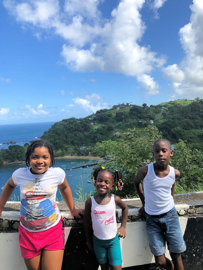 Kinder auf Tobago
