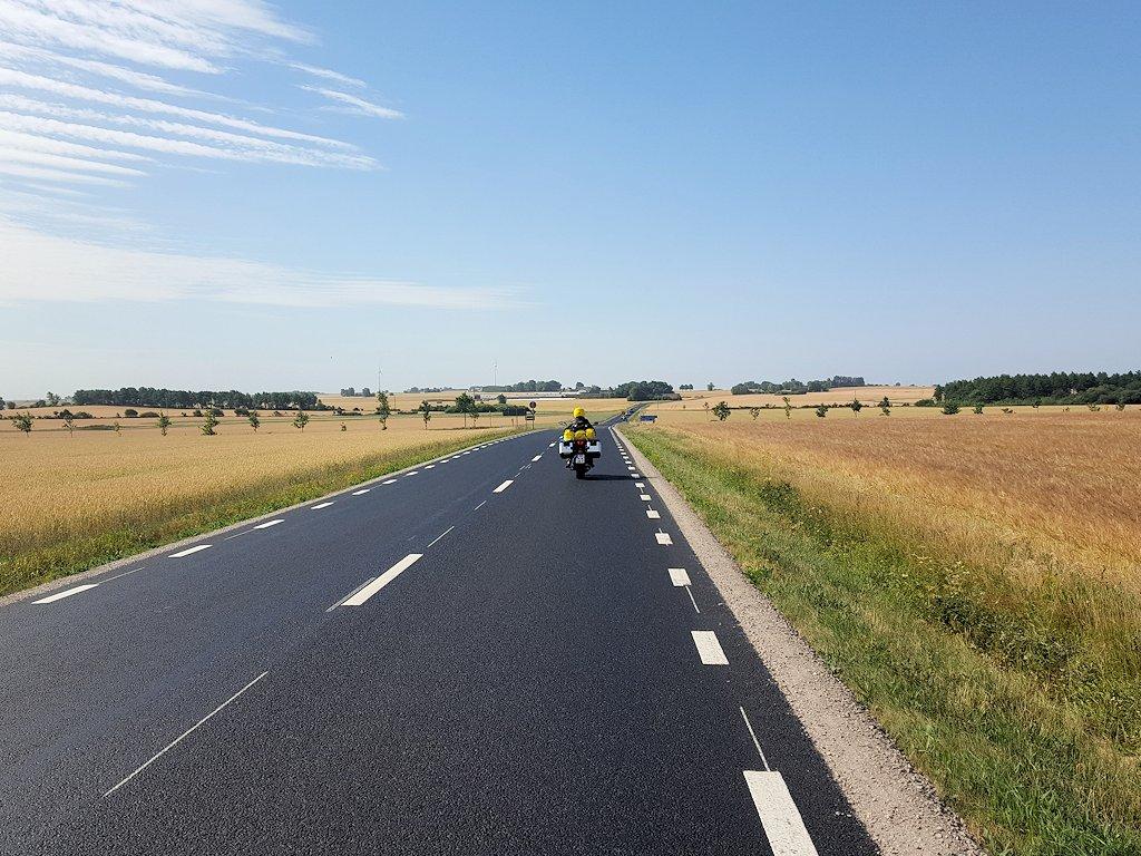 Straße durch die Kornkammer des Landes