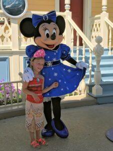 Ein Foto mit Minnie Mouse