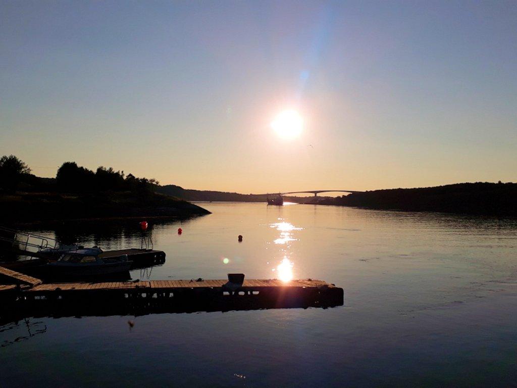 Sonnenuntergang in Helgeland bei Saltstraumen