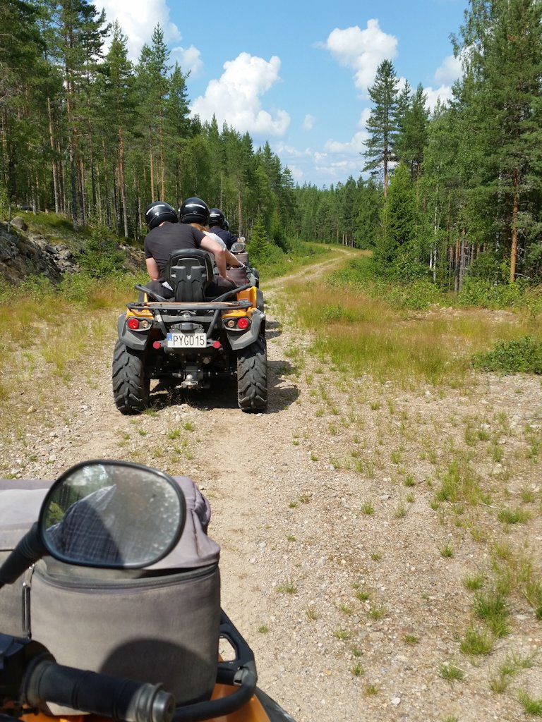 Quad-Safari in den Wäldern von Värmland