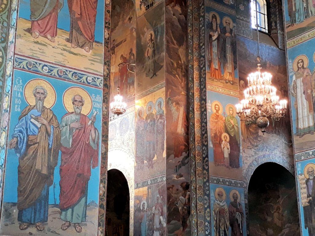 Innenansicht der Auferstehungskirche