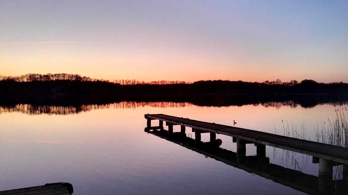 Abendrot über mecklenburgischen Seen