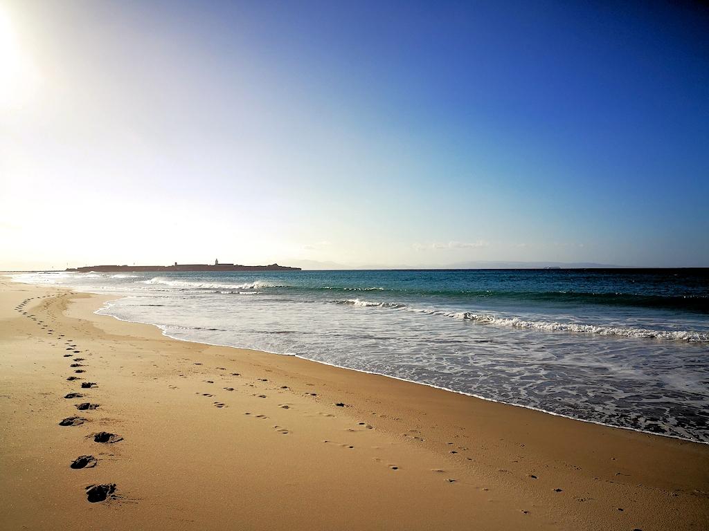 Erste Schritte am Strand von Tarifa