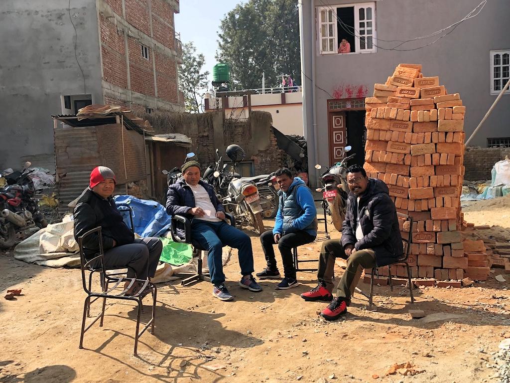 Wiederaufbau der beim Erdbeben zerstörten Dörfer