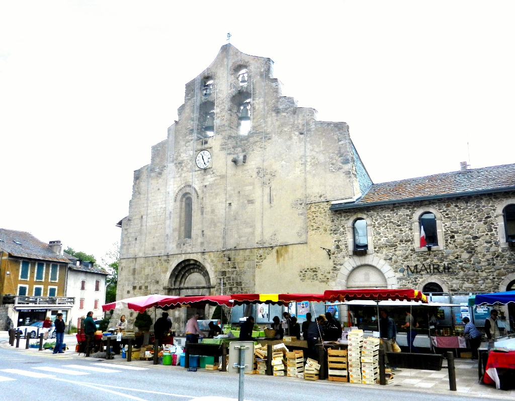 Languedoc-Roussillon - Markttag in Formiguères