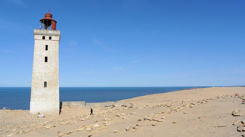 Die Reste vom Leuchtturm auf der Wanderdüne Rubjerg Knude