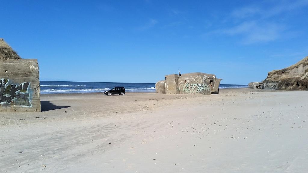 Am (Auto-)Strand von Løkken