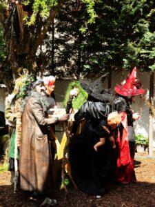 Hexen in Wartestellung