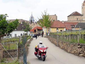 Thomas im Weinort Dürnstein in der Wachau