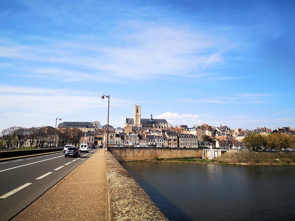 Die Loire bei Nevers