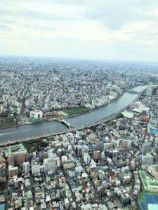 Aussicht vom Tokyo Skytree auf die Stadt