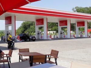 Moderne Tankstelle in der Walachei