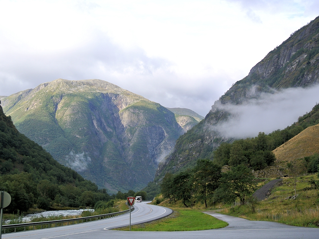 Roadtrip durch Norwegen - Morgenstimmung in Fjordnorwegen