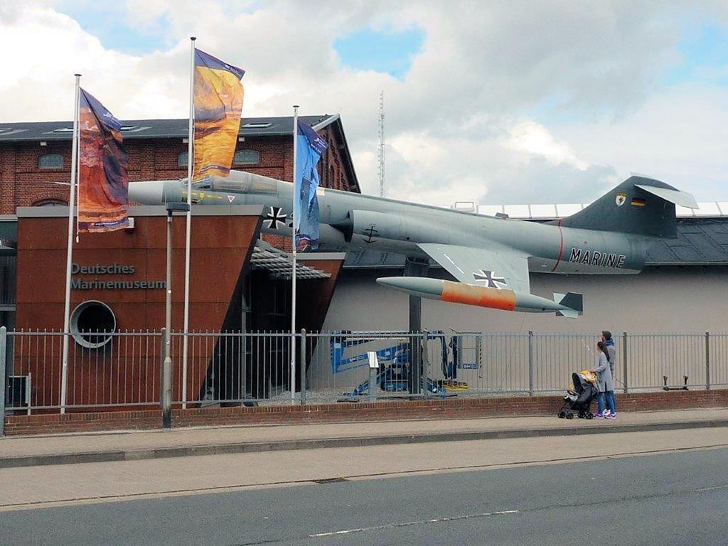 Eingang zum Deutschen Marinemuseum in Wilhelmshaven