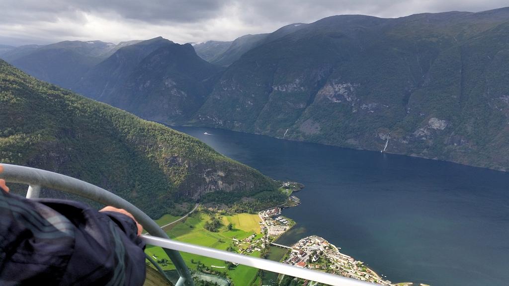 Aussicht vom Stegastein auf den Aurlandsfjord