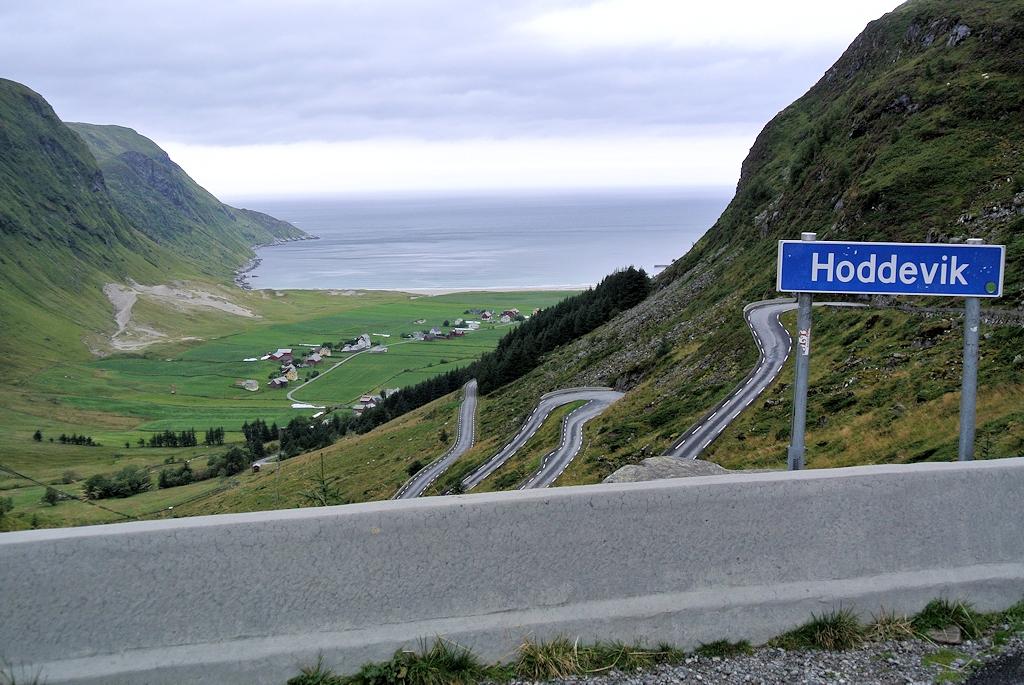Roadtrip durch Norwegen - Ausblick auf Hoddevik und den Atlantik