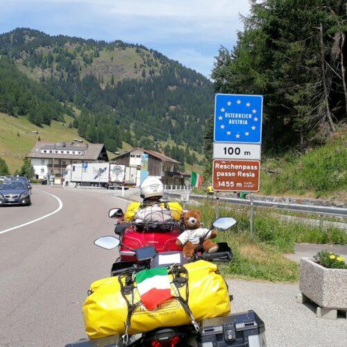 An der italienisch-österreichischen Grenze