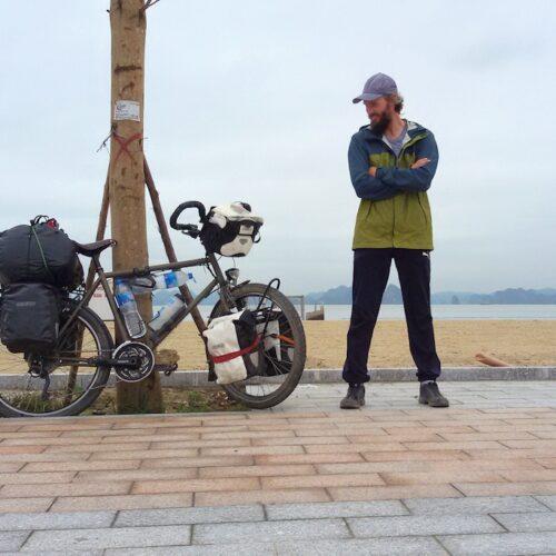 10.000 Kilometer Meilenstein an der Ha Long Bucht