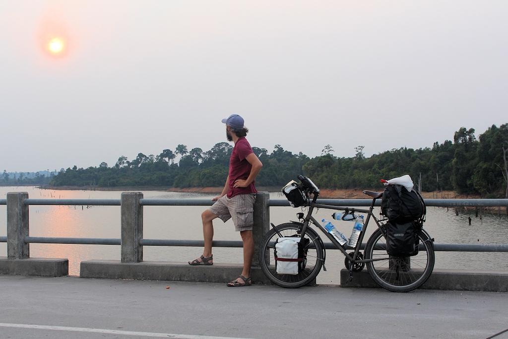 Sonnenuntergang auf dem Thakhek Loop